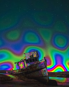 screenshot of Psychedelic camera version Varies with device